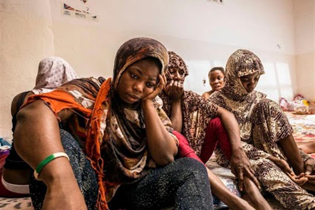 L'inferno delle ragazze somale nei Campi di raccolta migranti in Libia